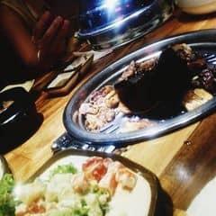 Lẩu nướng Hàn Quốc 🍴 của Tom Walker tại Gogi House - Phạm Ngọc Thạch - 2033150