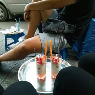 Sữa chua dâu của queanh252 tại Số 2 Hàng Tre, Quận Hoàn Kiếm, Hà Nội - 2900243