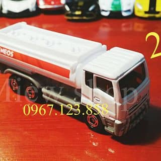 Xe mô hình Tomica chở xăng của miewshop tại 116a12 Hoàng Đạo Thành, Kim Giang, Quận Thanh Xuân, Hà Nội - 2905202
